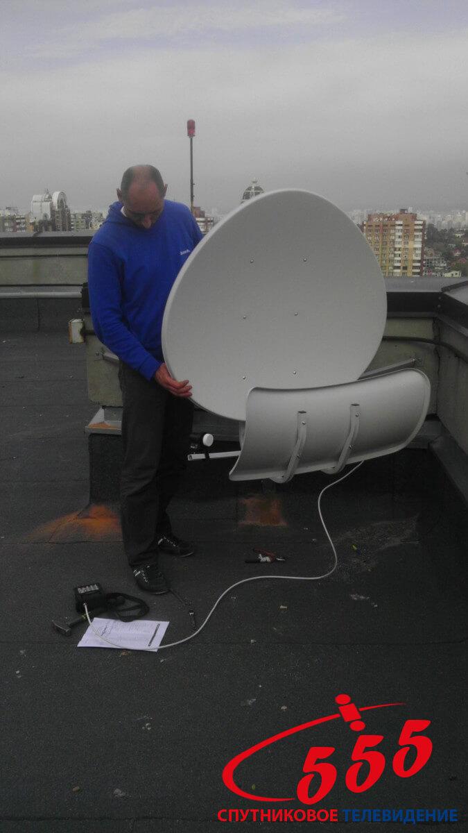 Установка супутникової тороидальной антени